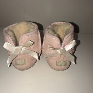 Baby pink uggs size 4/5